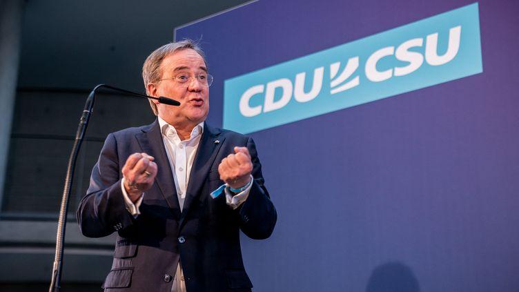 Le président de la CDU Armin Laschet, lors d'une conférence de presse à Berlin (Allemagne), le 11 avril 2021. (MICHAEL KAPPELER / DPA / VIA AFP)