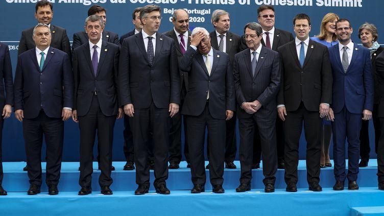 """Les participants ausommet """"Amis de la cohésion"""", le 1er février 2020, àBeja, au Portugal. (CARLOS COSTA / AFP)"""