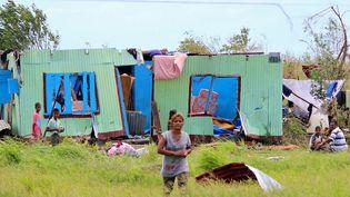 Une maison dévastée par le cyclone Winston sur une des îlesFidji, le 22 février 2016. (FIJI GOVERNMENT / AFP)