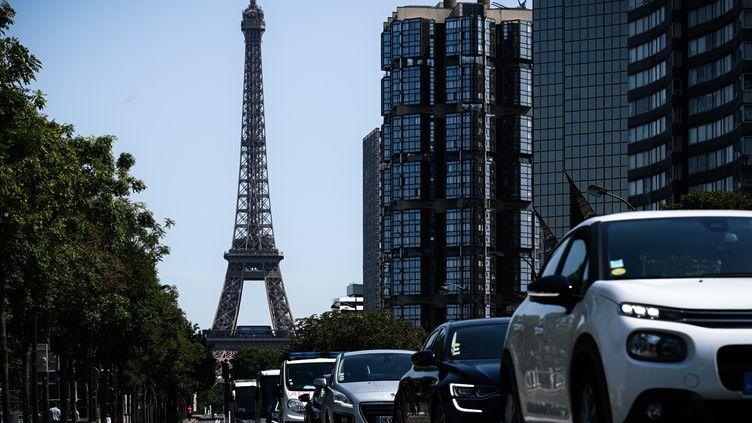 """En 2019, le trafic automobile a baissé de 8% à Paris, d'après un document de la ville révélé par """"Les Echos"""", le 21 février 2020. (PHILIPPE LOPEZ / AFP)"""