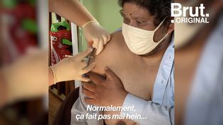 VIDEO. La Fondation Abbé Pierre aide les sans-abri à se faire vacciner (BRUT)