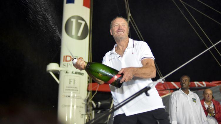 Francis Joyon, le vainqueur de la route du Rhum, ce lundi 12 novembre. (FRANCK CASTEL / MAXPPP)