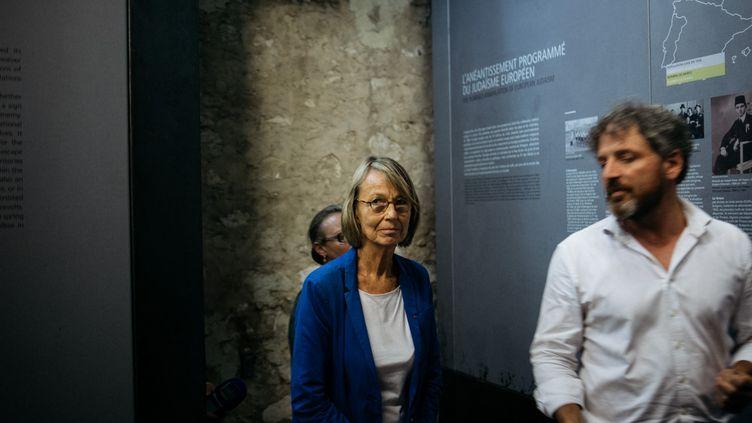 La ministre de la Culture Françoise Nyssen visite le mémorial du camp des Milles à Aix-en-Provence (Bouches-du-Rhône), le 23 août 2018. (THEO GIACOMETTI / HANS LUCAS)