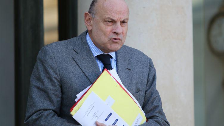 Jean-Marie Le Guen,secrétaire d'Etat aux relations avec le Parlement, quitte le palais de l'Elysée, le 4 février 2015 à Paris. (CITIZENSIDE / YANN BOHAC / AFP)