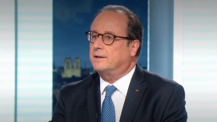 Mercredi 2 septembre sera marqué par l'ouverture du procès des complices présumés des attentats visant Charlie Hebdo et l'Hyper Cacher, en janvier 2015.En quelques jours, 17 personnes étaient tombées sous les balles des frèresKouachiet d'AmedyCoulibaly. (FRANCE 2)