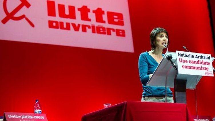 Nathalie Arthaud au Zénith (BERTRAND LANGLOIS / AFP)