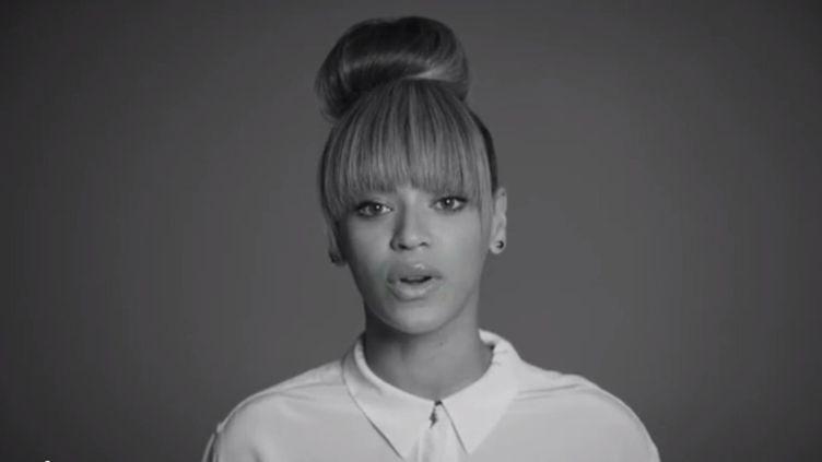 Capture d'écran du clip de Demandaplan.org, dans lequel apparaît notamment la chanteuse Beyonce, pour demander un programme visant la limitation des armes à feu aux Etats-Unis. (DEMANDAPLAN.ORG / FRANCETV INFO)