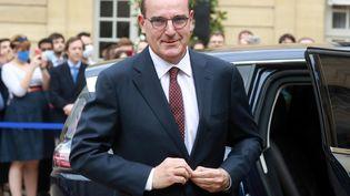 Le nouveau Premier ministre Jean Castex arrive à Matignon pour la passation de pouvoirs, à Paris, le 3 juillet 2020. (LUDOVIC MARIN / AFP)