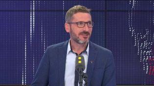"""Matthieu Orphelin, député non-inscrit du Maine-et-Loire, invité du """"8.30 franceinfo"""", vendredi 11 octobre 2019. (FRANCEINFO / RADIOFRANCE)"""