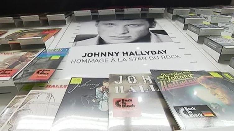 3 semaines après sa mort, les albums de Johnny Hallyday battent des records de vente.  (Culturebox - capture d'écran)