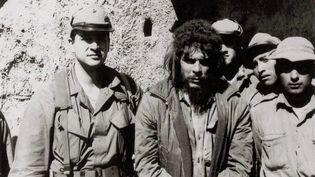Le 8 octobre 1967 signe la fin du combat pourCheGuevara.Le révolutionnaire cubain a été capturé il y a 53 ans par l'armée bolivienne, dans la cordillère des Andes puis exécuté dès le lendemain. (FRANCE 2)