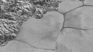 La NASA a diffusé, le 27 mai 2016, une vidéo rassemblant des images de la surface de Pluton. (NASA / YOUTUBE)