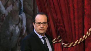 Le président de la République, François Hollande, au palais de l'Elysée, à Paris, le 4 décembre 2014. (PATRICK KOVARIK / AFP)