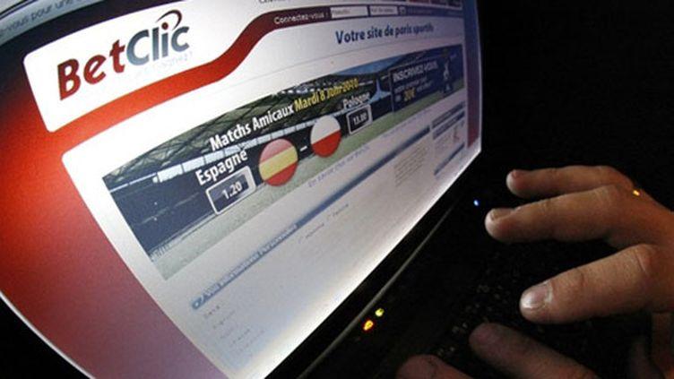 Betclic pub internet paris en ligne 06 2010