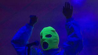 Nadia Tolokonnikova des Pussy Riot sur la scène d'un festival de musique à Mexico city, dimanche 18 mars 2018.  (Christian Palma/AP/SIPA)