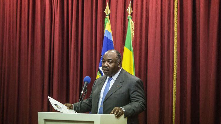 Le président Ali Bongo en conférence de presse, le 1er septembre 2016. (MARCO LONGARI / AFP)