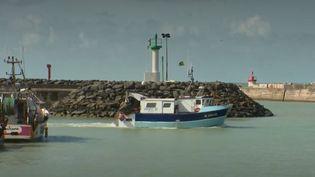Le mystère reste entier sur les raisons de la sortie en mer du pêcheur, toujours porté disparu, en pleine tempête. (FRANCE 3)