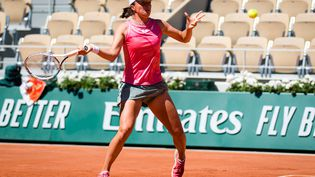 La Polonaise Iga Swiatek sur le court Philippe-Chatrier de Roland-Garros, lundi 31 mai. (ROB PRANGE / SPAIN DPPI)