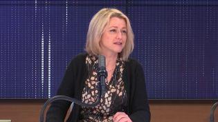"""Barbara Pompili,ministre de la Transition écologique était l'invitée du """"8h30franceinfo"""", mardi 2 mars 2021. (FRANCEINFO / RADIOFRANCE)"""