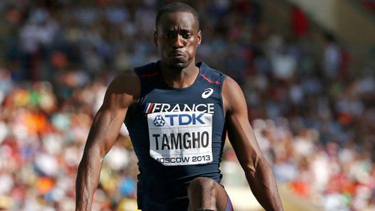 Teddy Tamgho est le troisième homme à franchir les 18 mètres.  (ADRIAN DENNIS / AFP)