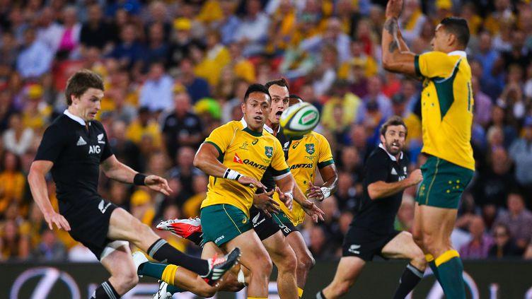 Beauden Barrett et les Néo-Zélandais sont passés tout près d'une nouvelle défaite (PATRICK HAMILTON / AFP)