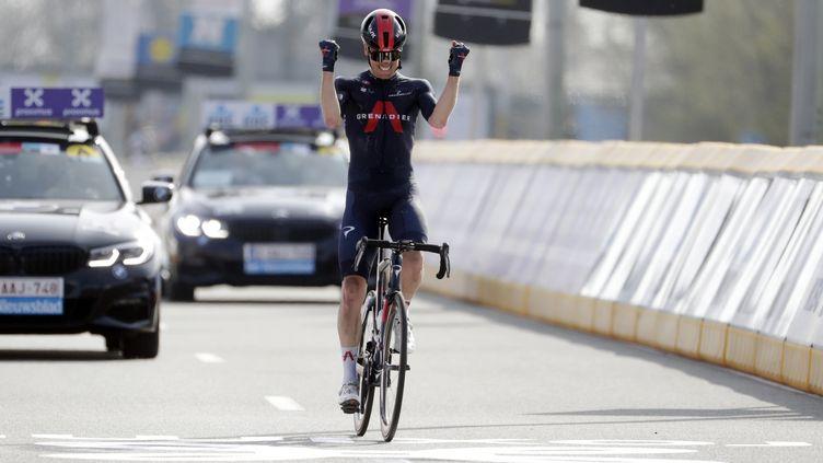 Le Néerlandais Dylan van Baarle s'impose sur A Travers La Flandre. (STEPHANIE LECOCQ / EPA)