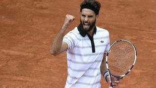 Benoît Paire, le 22 mai 2015 au premier tour de Roland-Garros à Paris. (MARTIN BUREAU / AFP)