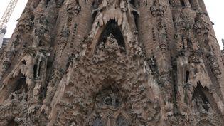 "La façade de la basilique de la "" Sagrada Familia "", la plus emblématique des constructions de Gaudi, toujours en chantier (Photo Emmanuel Langlois)"