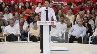 Le Premier ministre Manuel Valls, lors d'un meeting à Barcelone (Espagne), le 21 mai 2014. (JOSEP LAGO / AFP)