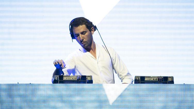 Le musicien électronique français The Avener au festival Crossover, place Massena à Nice le 24 août 2019. (SYSPEO/SIPA)