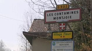 Cinq nouveaux cas de coronavirus 2019-nCoV ont été détectés en France. Un Bitannique qui revenait se Singapour a contaminé le reste de son entourage en Haute-Savoie. (FRANCE 3)