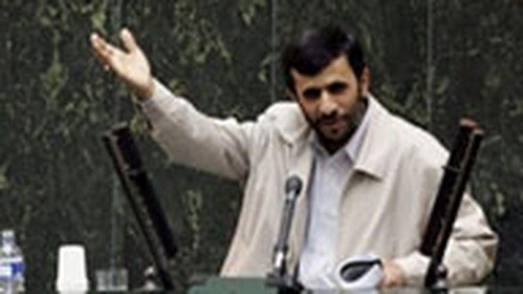Le président Mahmoud Ahmadinejad souhaite davantage de négociations sur le projet d'accord de l'AIEA. (© AFP)