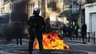 Une manifestation de lycéens dégénère à Bordeaux le 5 décembre 2018 (photo d'illustration). (BONNAUD GUILLAUME / MAXPPP)