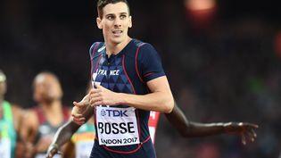 Pierre-Ambroise Bosse remporte le 800 m hommes aux Mondiaux d'athlétisme de Londres (Royaume-Uni), le 8 août 2017. (JEWEL SAMAD / AFP)