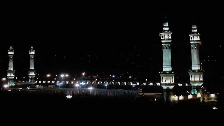 La Grande Mosquée de La Mecque, le sanctuaire le plus saint de l'Islam, dans la ville sainte saoudienne le 3 juin 2008. (HASSAN AMMAR / AFP)