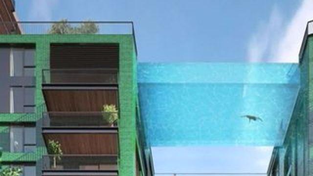 Londres : une piscine transparente reliant deux immeubles