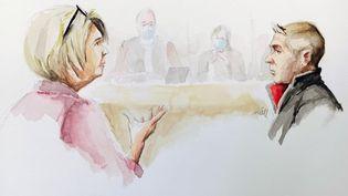 Le face-à-face entre Jonathann Daval et son ancienne belle-mère Isabelle Fouillot lors du procès, vendredi 20 novembre 2020 à Vesoul (Haute-Saône). (ZZIIGG / AFP)