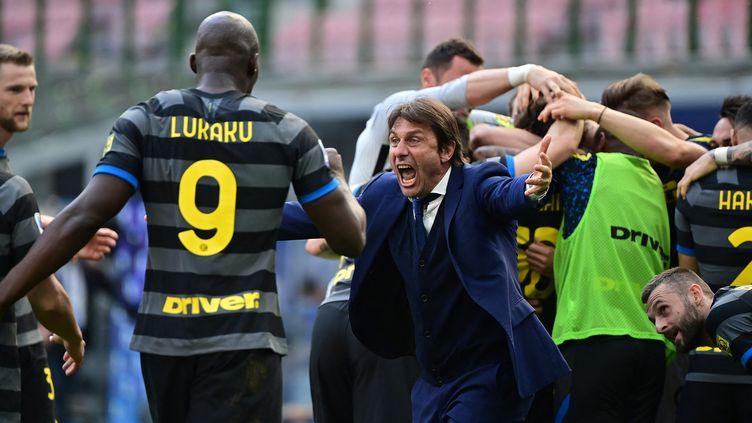 L'Inter gagne le Scudetto après plus de dix ans de disette. (MIGUEL MEDINA / AFP)