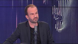 Manuel Bompard, député européen La France insoumise était l'invité de franceinfo le 1er octobre 2021. (FRANCEINFO / RADIOFRANCE)