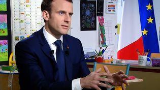 Emmanuel Macron, le 12 avril 2018, à Bert'huis (Orne). (MAXPPP)