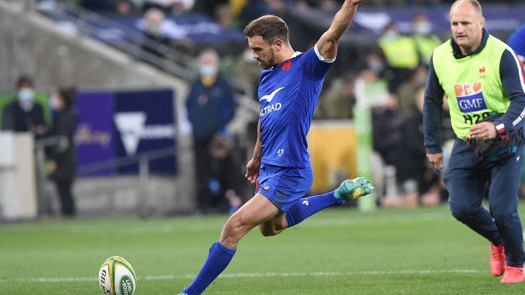 L'arrière des français, Melvyn Jaminet a été impeccable devant les perches avec un 100%, lors de la victoire française 26-28 en Australie, le 13 juillet 2021. (SIMON BAKER / AFP)