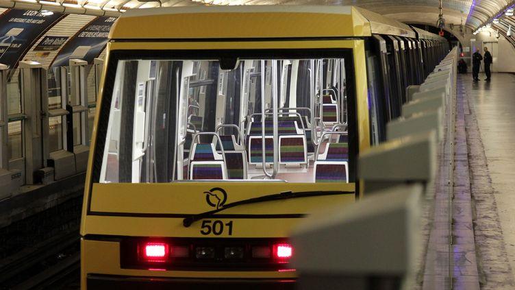 Inauguration de la première navette automatique de la ligne 1 du métro, le 3 novembre 2011 à Paris. (VINCENT ISORE / IP3 PRESS / MAXPPP)