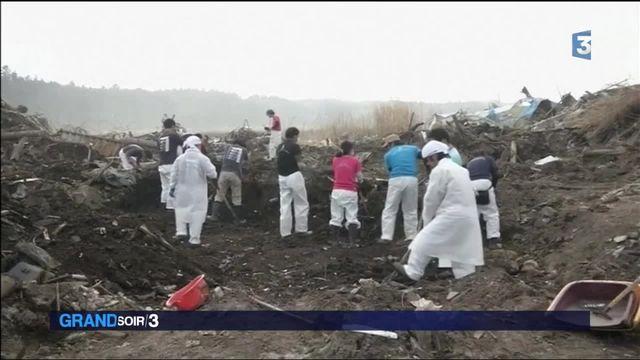Fukushima : cinq ans après la catastrophe, le Japon pleure ses victimes