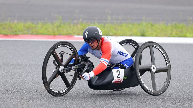 Loïc Vergnaud lors du contre-la-montre sur route H5 des Jeux paralympiques de Tokyo, mardi 31 août. (G. Picout / France Paralympique)