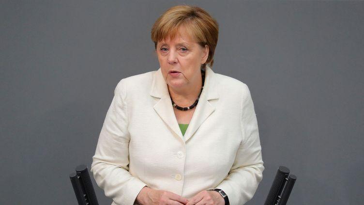 (Angela Merkel s'est montrée ferme, mardi midi, au sujet de la sortie du Royaume-Uni de l'UE, devant les parlementaires allemands © Maxppp)