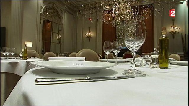 Luxe : les palaces parisiens séduisent