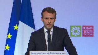 Emmanuel Macron àARungis(Val-de-Marne) sur l'alimentation, le 11 octobre 2017 (FRANCEINFO)