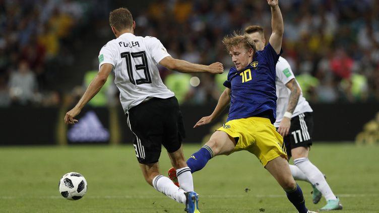 La solution pourrait venir du 10 suédois, Emil Forsberg, très convainquant lors de la phase de groupe  (ADRIAN DENNIS / AFP)