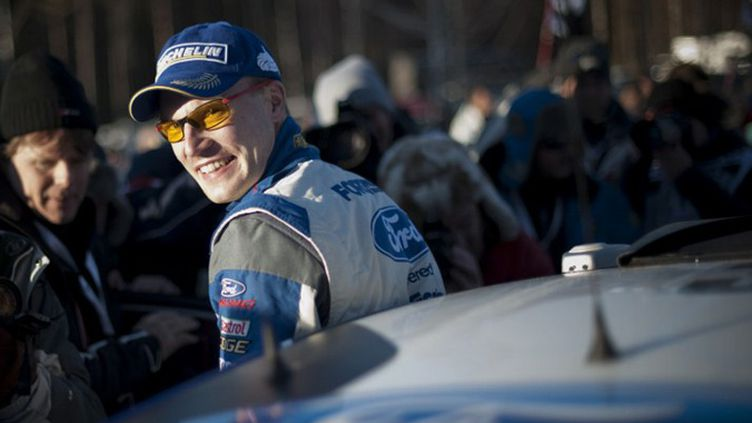 Jari-Matti Latvala (Ford) va se battre jusqu'au bout.  (JONATHAN NACKSTRAND / AFP)