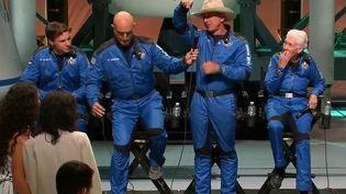 Tourisme spatial : Jeff Bezos de retour sur Terre après son vol dans l'espace (France 2)